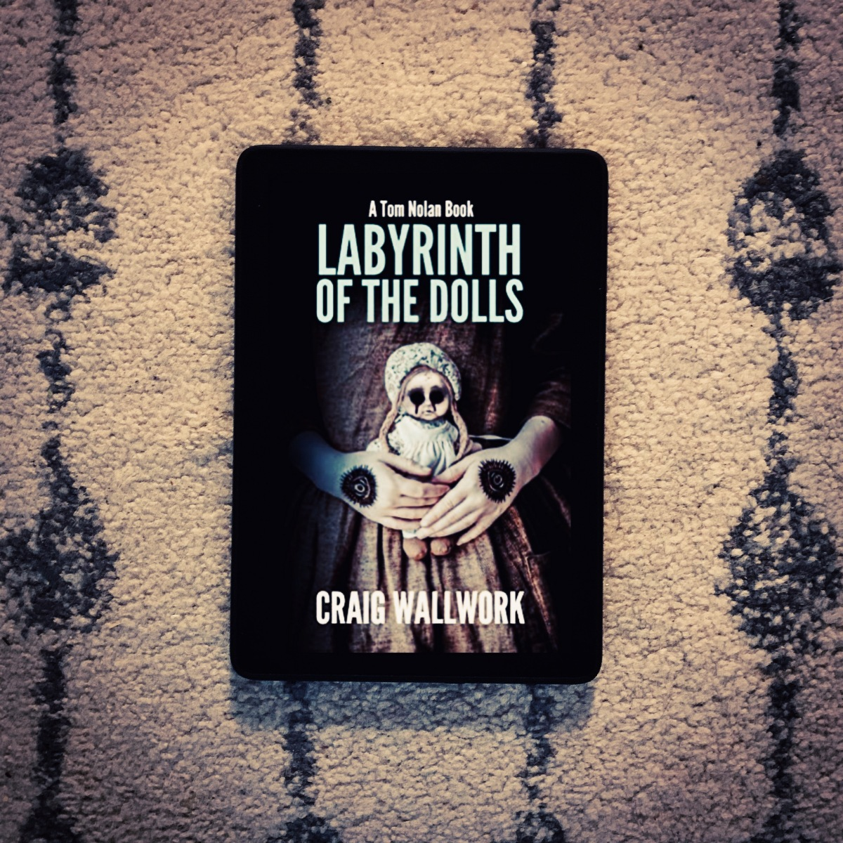 Labyrinth of the Dolls review